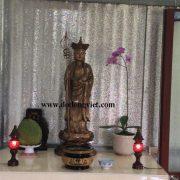 tượng địa tạng vương bồ tát được đúc bằng đồng đỏ nguyên chất lấy màu giả cổ hay bầy để thờ các chùa