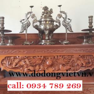 Đồ thờ bằng đồng chạm khảm ngũ sắc gồm bộ tam sư