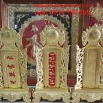 Bài vị bằng đồng thờ cúng gia tiên là vật gia bảo để lưu truyền thờ cúng cho con cháu nối tiếp về sau .bài vị được chạm đồng vàng nguyên chất đường nét đẹp thờ cúng gia tiên mang ý nghĩa lòng thành kính với người đã khuất