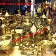 Bộ lư đồng trưng bày bàn thờ cúng gia tiên