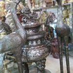 Hạc đứng trên rùa đúc  đồng đỏ nguyên khối đường nét hoa văn tinh xảo được thờ cúng tiến trong các đền chùa nhà thờ trang trọng và ý nghĩa hạc đứng trên mai rùa