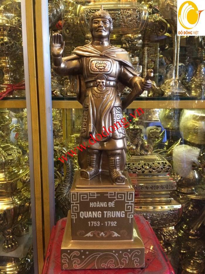 Tượng quang trung nguyễn huệ là văn hóa lịch sử việt nam.gần đây thờ tượng quang trung nguyễn huệ .ngoài ra làm trấn trạch phong thủy làm quà biếu tặng .