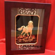 Tranh ngựa bằng đồng chạm đồng vàng nguyên chất đường nét đẹp làm qà tặng cao cấp phong thủy trang trí  phòng khách phòng làm việc ý  nghĩa và sang trọng