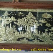 tranh đồng vinh quy bái tổ  chạm  đồng vàng nguyên chất dường nét hoa văn tinh xảo. trang trí phòng khách phòng thờ mang lại ý nghĩa và trang trọng