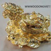 Long Quy hay còn có tên khác là Rùa đầu Rồng được đúc bằng nguyên liệu đồng nguyên chất theo công nghệ đúc